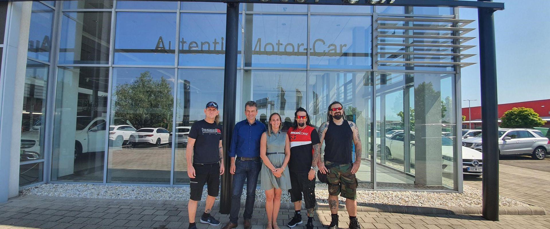 A Tankcsapda hivatalos szállító partnere az Autentik Csoport!