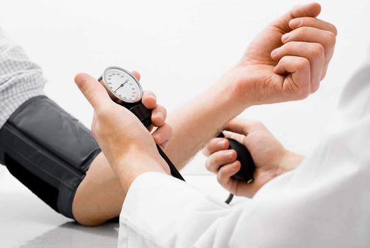 Vérnyomásmérés gyógyszertárban