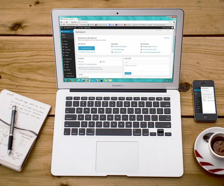 Sablon honlapok előnyei és hátrányai
