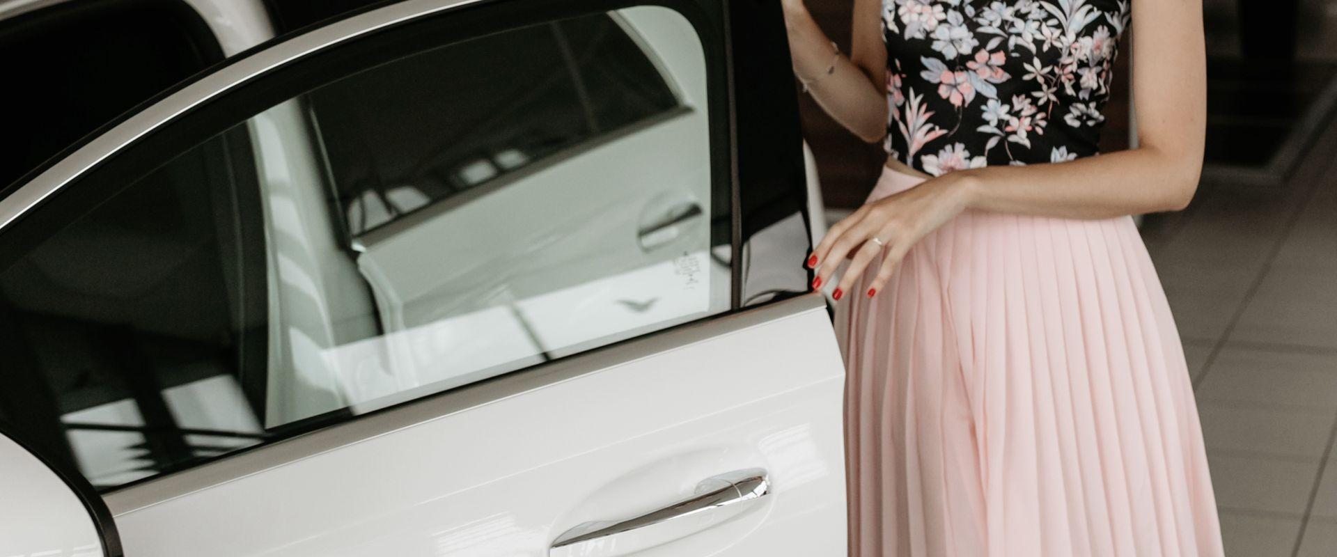 Dallos Bogi Mercedes-Benz márkanagykövet