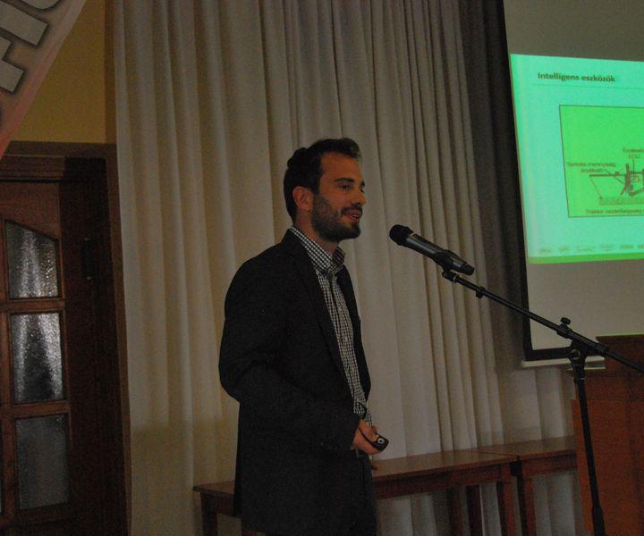 KONFERENCIA-KÖRÚT – 3 gondolat Majkut Árpád precíziós gazdálkodási projektvezető előadásából