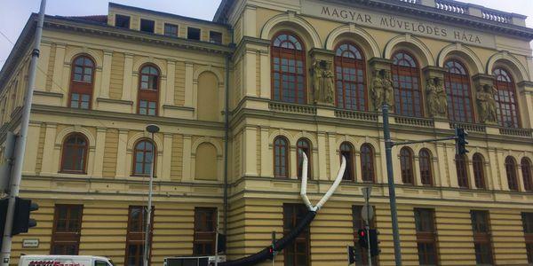 Sopron.Liszt Ferenc Kulturális Központ-rendezvényhelyiség (lagzi, konferencia) klimatizálása