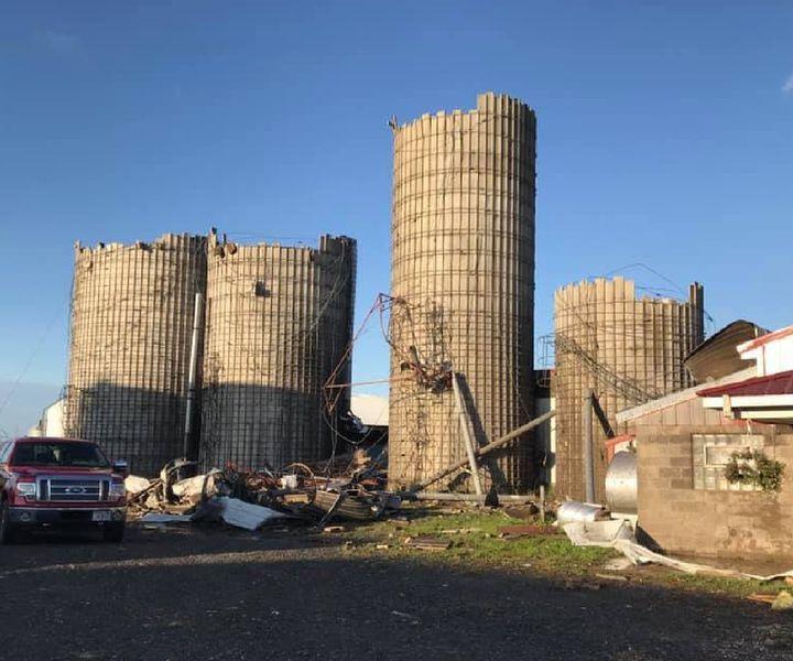 Döbbenetes képek a Nigon-farmról