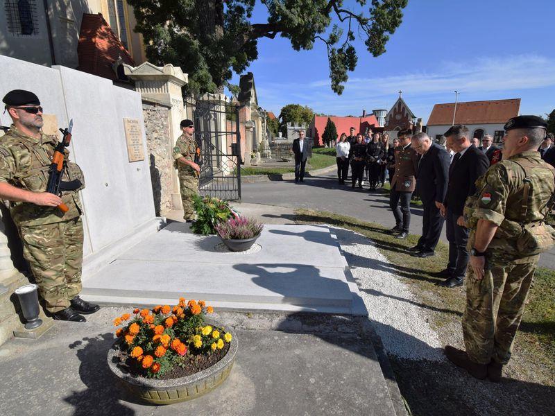 Az ágfalvi csata hőseire emlékeztek a Szent Mihály temetőben