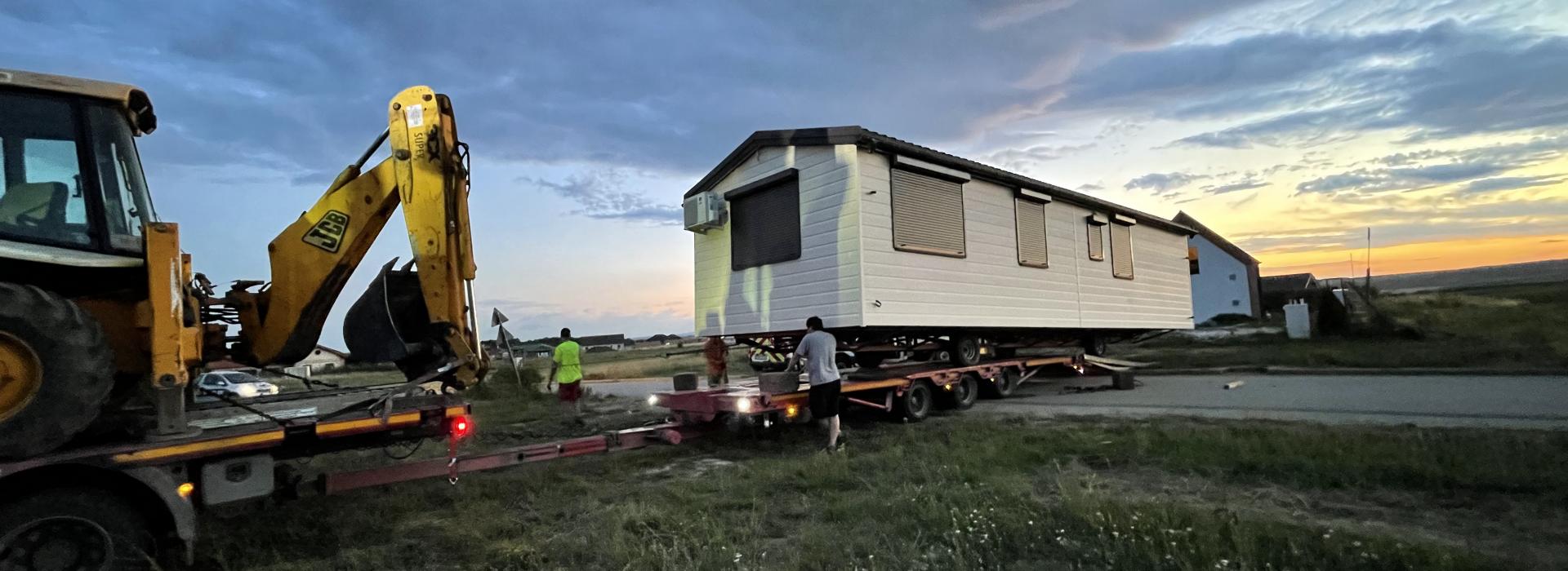 Mobilházak szakszerű szállítása, telepítése