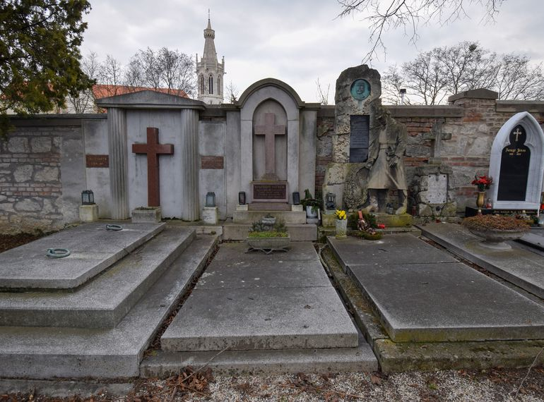 Szechányi Elemér síremléke a soproni Szent Mihály-temetőben