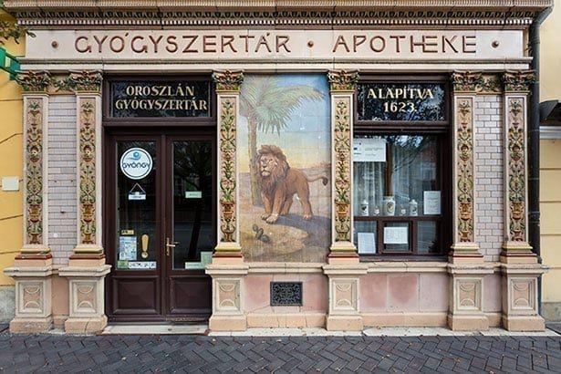 Ismerje meg nagy múltú soproni Oroszlán Gyógyszertár történetét!