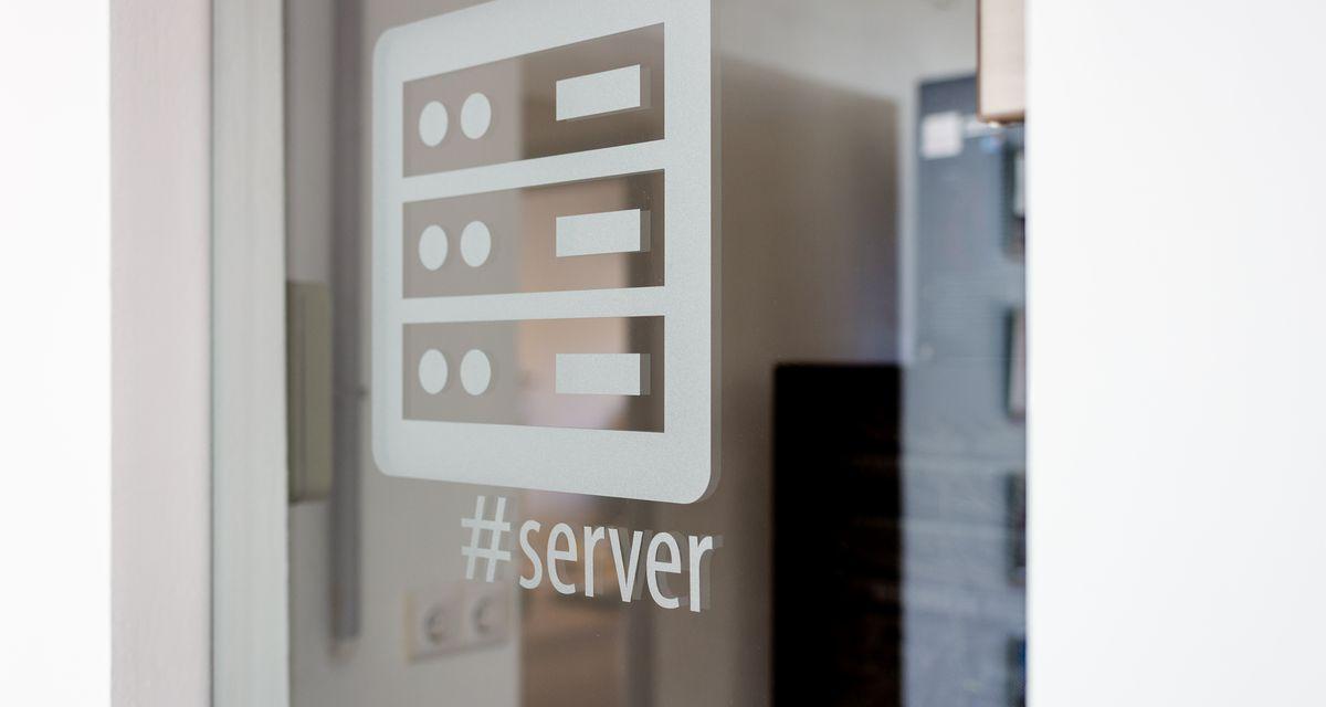 Hogyan változnak webtárhely és email szolgáltatásaink 2020. október 1.-től?