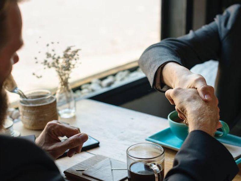 5 + 1 előny, amit egy üzleti találkozó adhat...