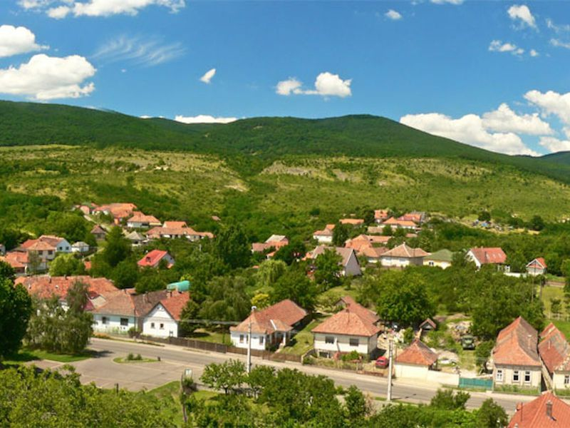 Egyre több magyar vált falusi életre