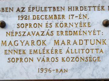 """""""7017 szótöbbséggel magyarok maradtunk!"""""""