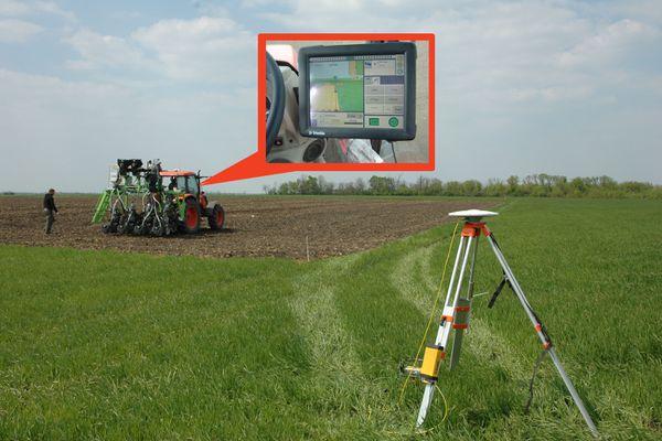 Az RTK jelkorrekciónak köszönhetően 2 cm-es pontosságú, precíziós vetést tudunk végezni.
