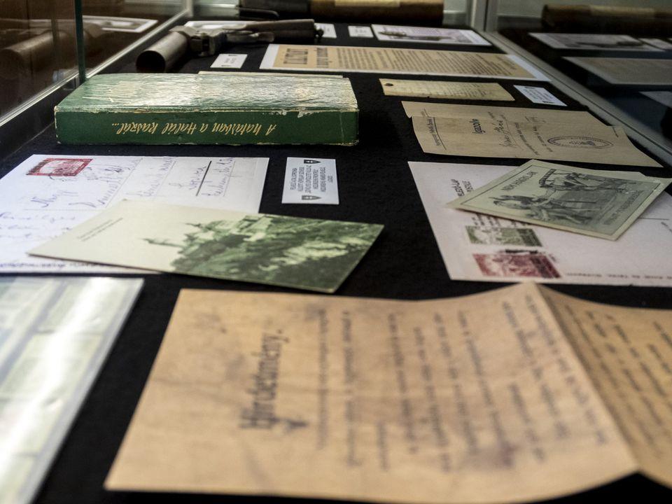 """A """"Rongyos Gárda harcaitól a soproni népszavazásig"""" címmel nyílt kiállítás"""