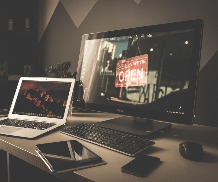Egyedi weboldalak 5 legnagyobb előnye