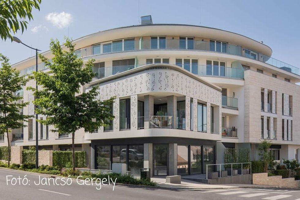 Carbona-Spa Residence Suites Internorm nyílászárókkal